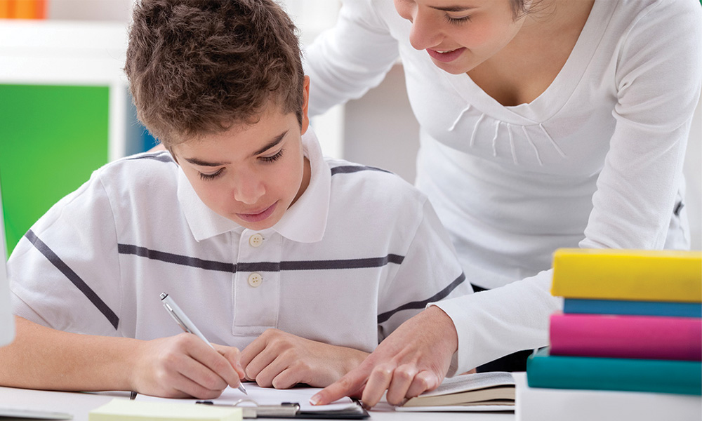 Tuition Center vs Private Tutor – Which One To Choose?